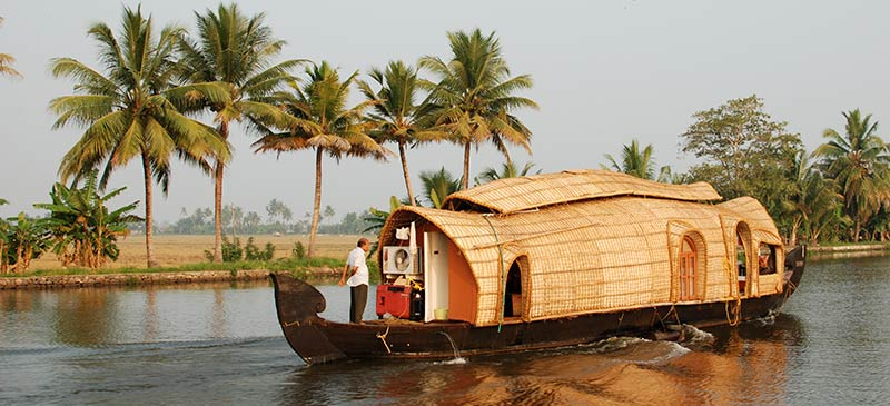 A houseboat in Kerala, India (Image: timj.b)