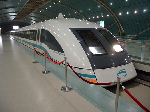 Maglev Train in Shanghai, China (Image: zieak)