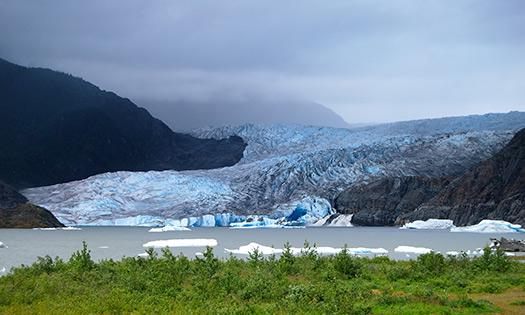 Mendenhall Glacier, Alaska (Image: ecastro)