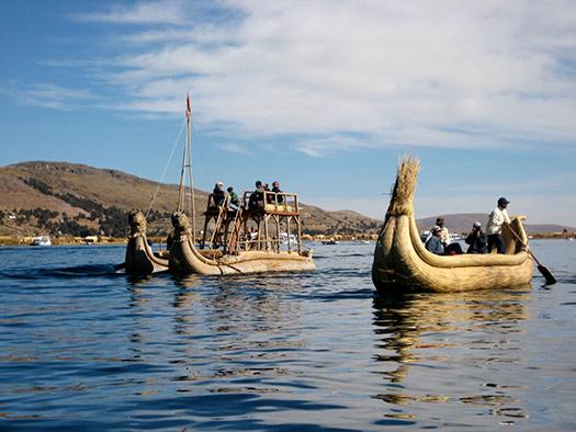 Totora boat (Image: Esme_Vos)