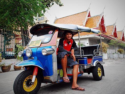 Tuk-Tuk in Bangkok, Thailand (Image: Dave_B_)