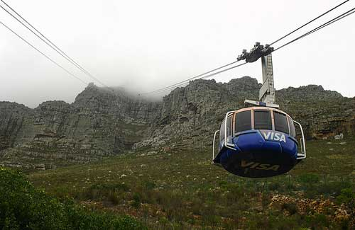Table Mountain cable cars (Image: Ingrid Sinclair used under a Creative Commons Attribution-ShareAlike license)