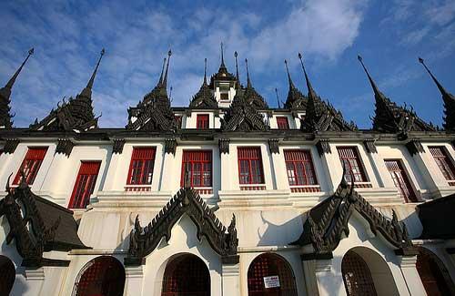 Loha Prasat at Wat Ratchanatdaram (Image: hko_s)