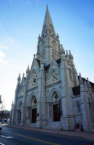 St. Mary's Basilica (Image: nichameleon used under a Creative Commons Attribution-ShareAlike license)