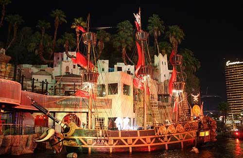 """Pirate ship during """"Sirens of TI"""" (Image: dherrera_96)"""