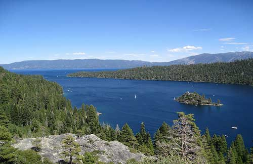 Lake Tahoe, Sierra Nevada (Image: ChrisYunker used under a Creative Commons Attribution-ShareAlike license)