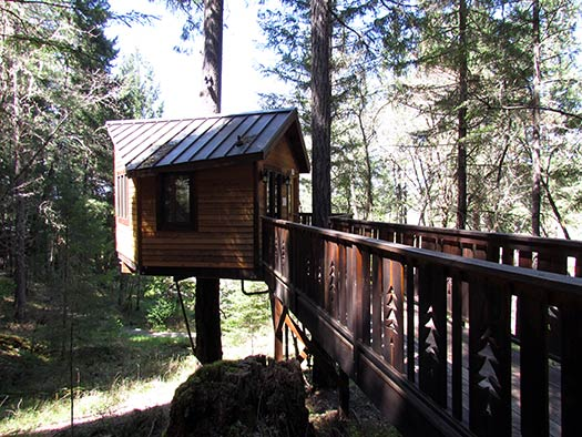 Calypso_Treehouse-Paradise-4_Top-10-treehouse-stays-in-the-US