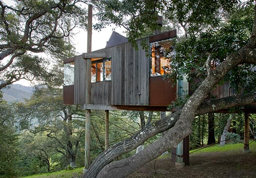 Post-Ranch-Inn-2_Top-10-treehouse-stays-in-the-US