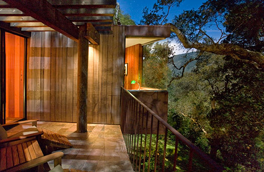 Post-Ranch-Inn-4_Top-10-treehouse-stays-in-the-US