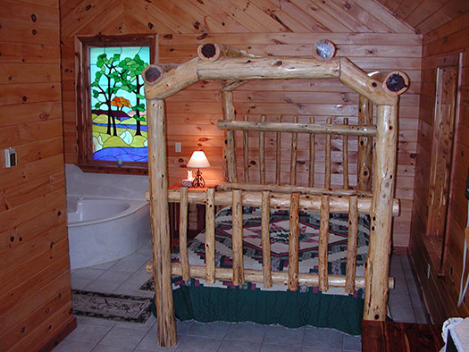 Tree Top Hideaway at Missouri Treehouse Cabins