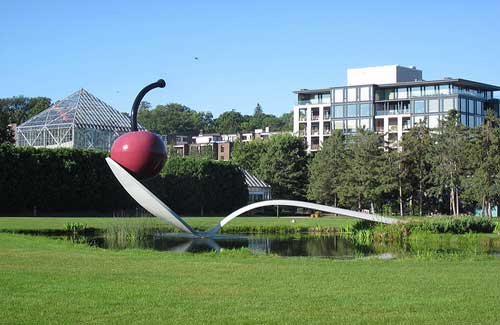 Minneapolis Sculpture Garden (Image: Dougtone used under a Creative Commons Attribution-ShareAlike license)