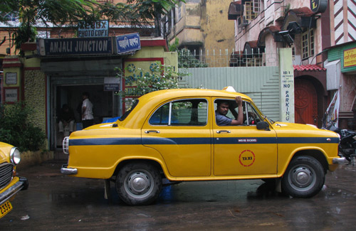 Taxi in India (Image: mckaysavage)