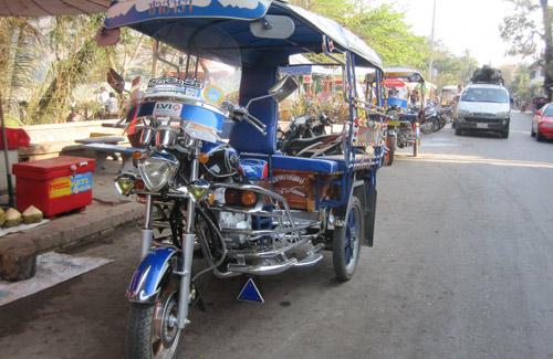 Laotian Tuk-Tuk (Image: Rolling Okie)