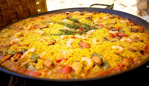 Seafood paella | Barcelona, Spain (Image: PincasPhoto)
