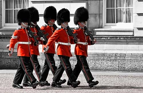 Changing of the Guard at Buckingham Palace (Image: Gabriel Villena)