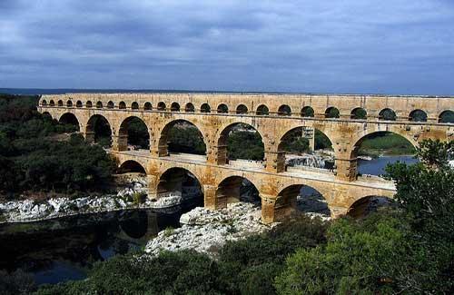 Pont du Garde, France (Image: zak mc used under a Creative Commons Attribution-ShareAlike license)
