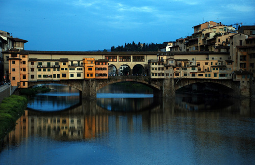 Ponte Vecchio, Florence, Italy (Image: colbyblaisdell)