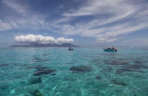 Tahitian water (Image: jonrawlinson)