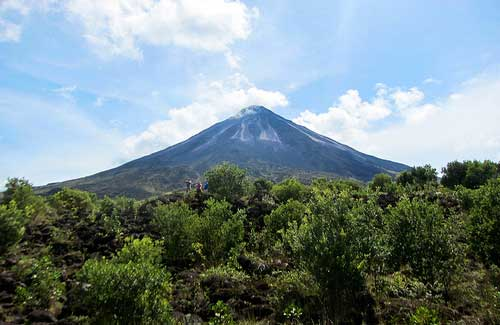 Arenal Volcano, Costa Rica (Image: DoNotLick)