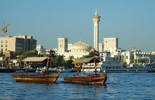 Boats on Dubai Creek (Image: mckaysavage)