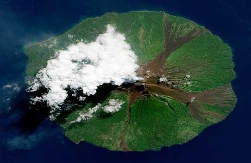 Manam Volcano, Papua New Guinea (Image: NASA Goddard Photo and Video)
