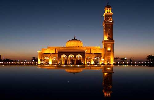 Dubai Mosque (Image: Florian Martys)