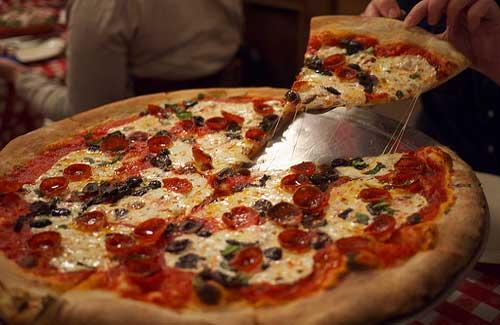 New York-style pizza (Image: SimonDoggett)
