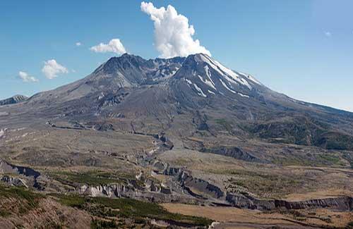 Mt. St. Helens, Washington (Image: ewen and donabel)