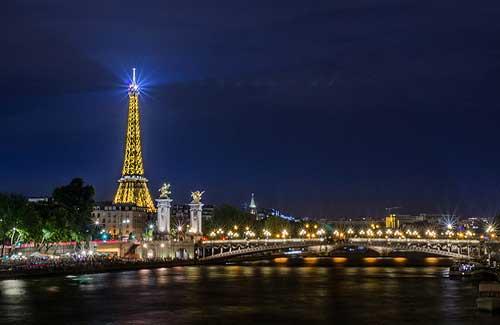 Paris (Image: bruno.mariotti used under a Creative Commons Attribution-ShareAlike license)