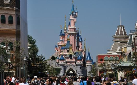 Dan Belanescu, Disney Land DSC_0802_21 (CC BY 2.0)