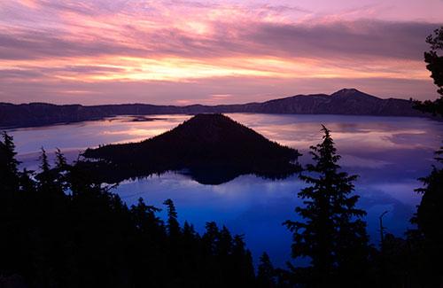 Sunset at Crater Lake National Park, Oregon (Image: Christian Heeb/Travel Oregon)
