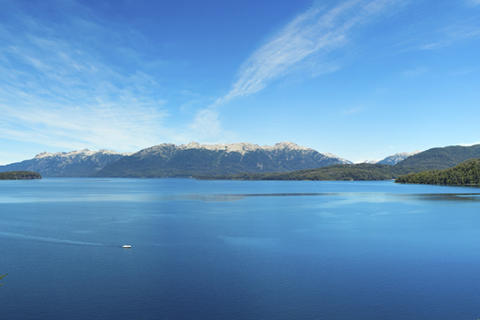 Lake Nahuel Huapi © guido72/iStock/Thinkstock (http://www.thinkstockphotos.co.uk/image/stock-photo-panorama-view-of-nahuel-huapi-lake-close-to/177748692)