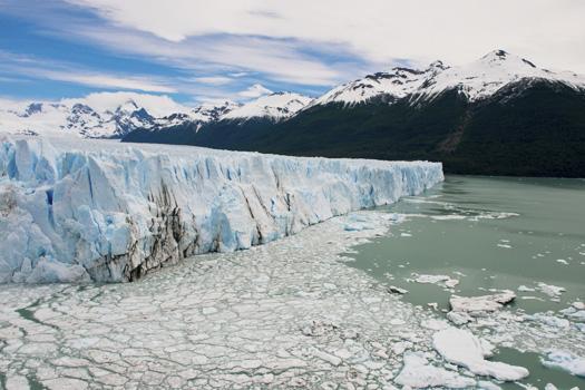 Perito Moreno Glacier © Faabi/iStock/Thinkstock (http://www.thinkstockphotos.co.uk/image/stock-photo-glacier-perito-moreno/467018295)