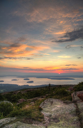A sunrise in Acadia National Park (Image: jerm1386 used under a Creative Commons Attribution-ShareAlike license)