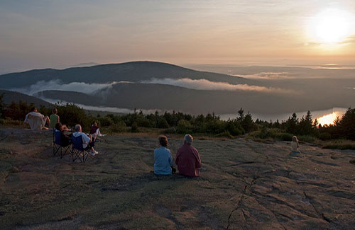 Blue Hill Overlook on Cadillac Mountain (Image: Gary Brownell used under a Creative Commons Attribution-ShareAlike license)