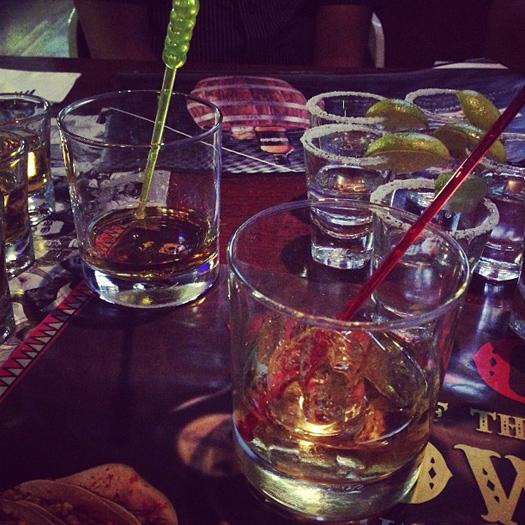 Drinks at Underdoggs, New Delhi, India (Image: denharsh)