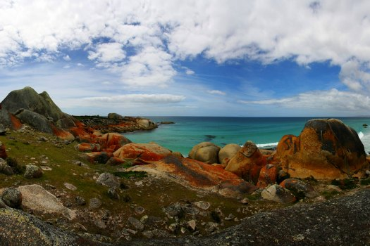 Free Campsites Around the World: Bay of Fires, Tasmania. Photo by Anna Oakley