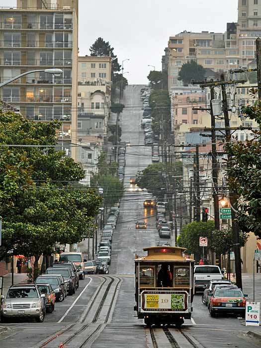 Classic San Francisco Cable Car. Photo by Marco Fedele