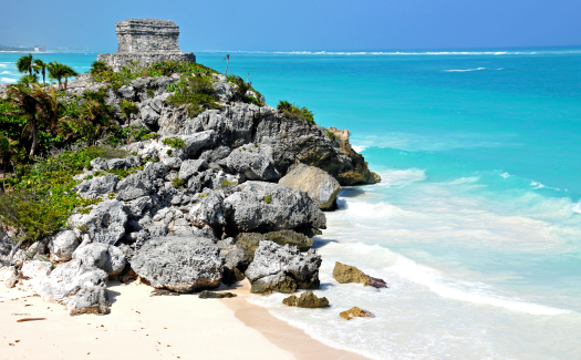 Tulum - Mayan ruins (Image: Dennis Jarvis used under a Creative Commons Attribution-ShareAlike license)