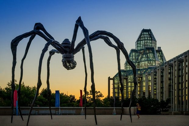 Maman - Spider Sculpture - National Gallery of Canada,Sam valadivia Flickr,CC BY 2.0