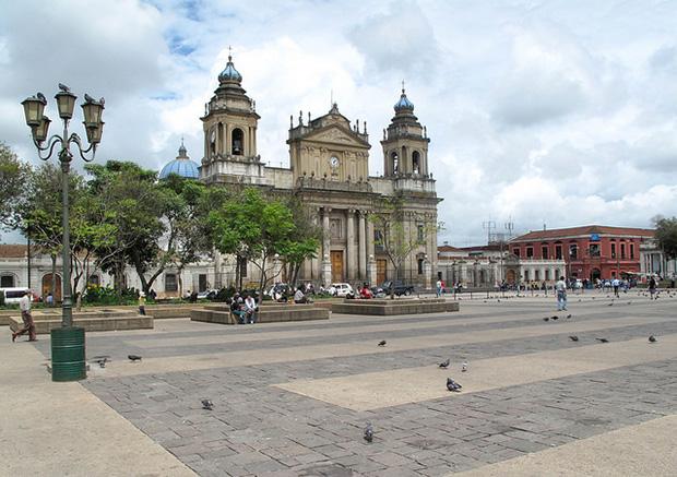 summer airfare deals to Guatemala City
