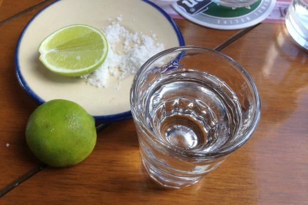 Cinco de flyo: XX airport spots with the best tequila & margaritas 2
