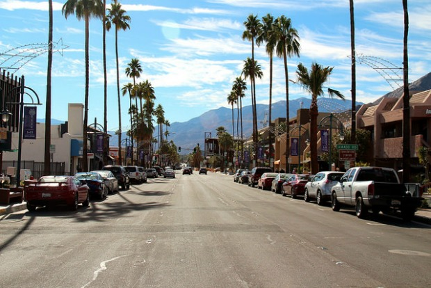 prayitnophotography, Downtown Palm Springs via Flickr CC BY 2.0