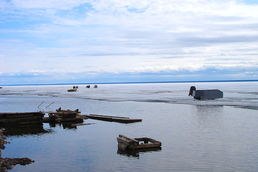 Great Bear Lake © mattcatpurple [https://www.flickr.com/photos/ntlibrarian/158842785]