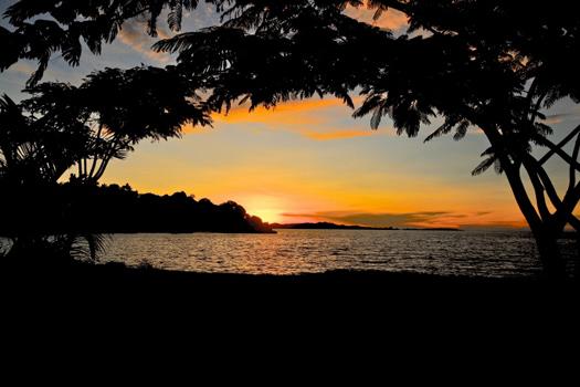 Lake Victoria © TANZANIANIMAGES/iStock/Thinkstock [http://www.thinkstockphotos.co.uk/image/stock-photo-african-sunset/186117269]