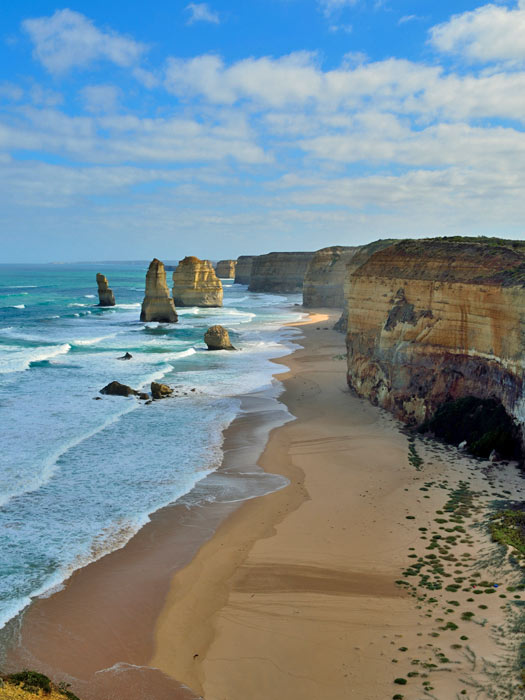 12 Apostles, Victoria, Australia. Photo by Simon Yeo