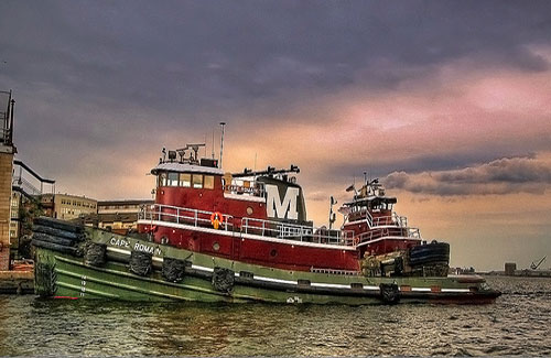 Boats in the harbor (Image: stevehdc)