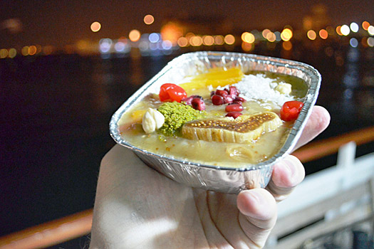 Midnight snack in Istanbul. Photo by Nick M