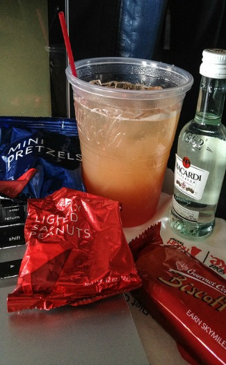 9 Freebies you may not know about on airplanes