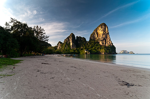 Railay-West-Beach_Thailand-Phuket-detox-cruise